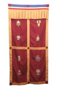 Tibetischer Türbehang, Eight Lucky Symbols, rot 04