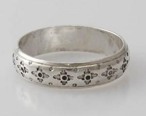 Ring Sterlingsilber (925) aus Nepal, Innendurchmesser 21,5 mm.