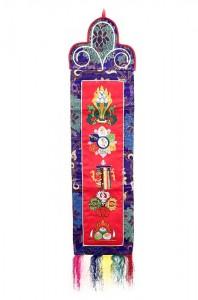 Wandbehang, verschiedene buddhistische Symbole, rot