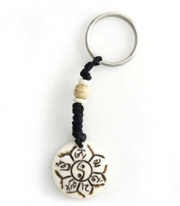 Schlüsselanhänger, Yak-Horn, Om Mani Padme Hum, Ying/Yang 01