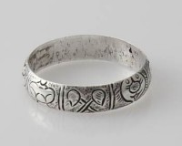 Ring Glückssymbole Sterlingsilber (925) aus Nepal, Innendurchmesser 20 mm.